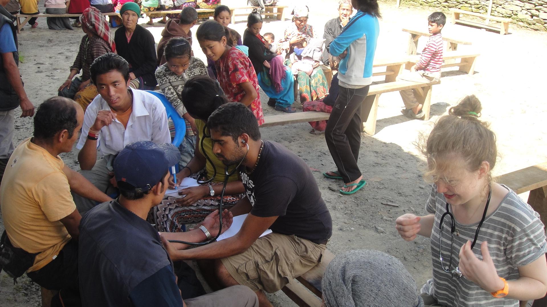 Village_Consultation_Medical_Students_Adventure_Alternative_Nepal.JPG