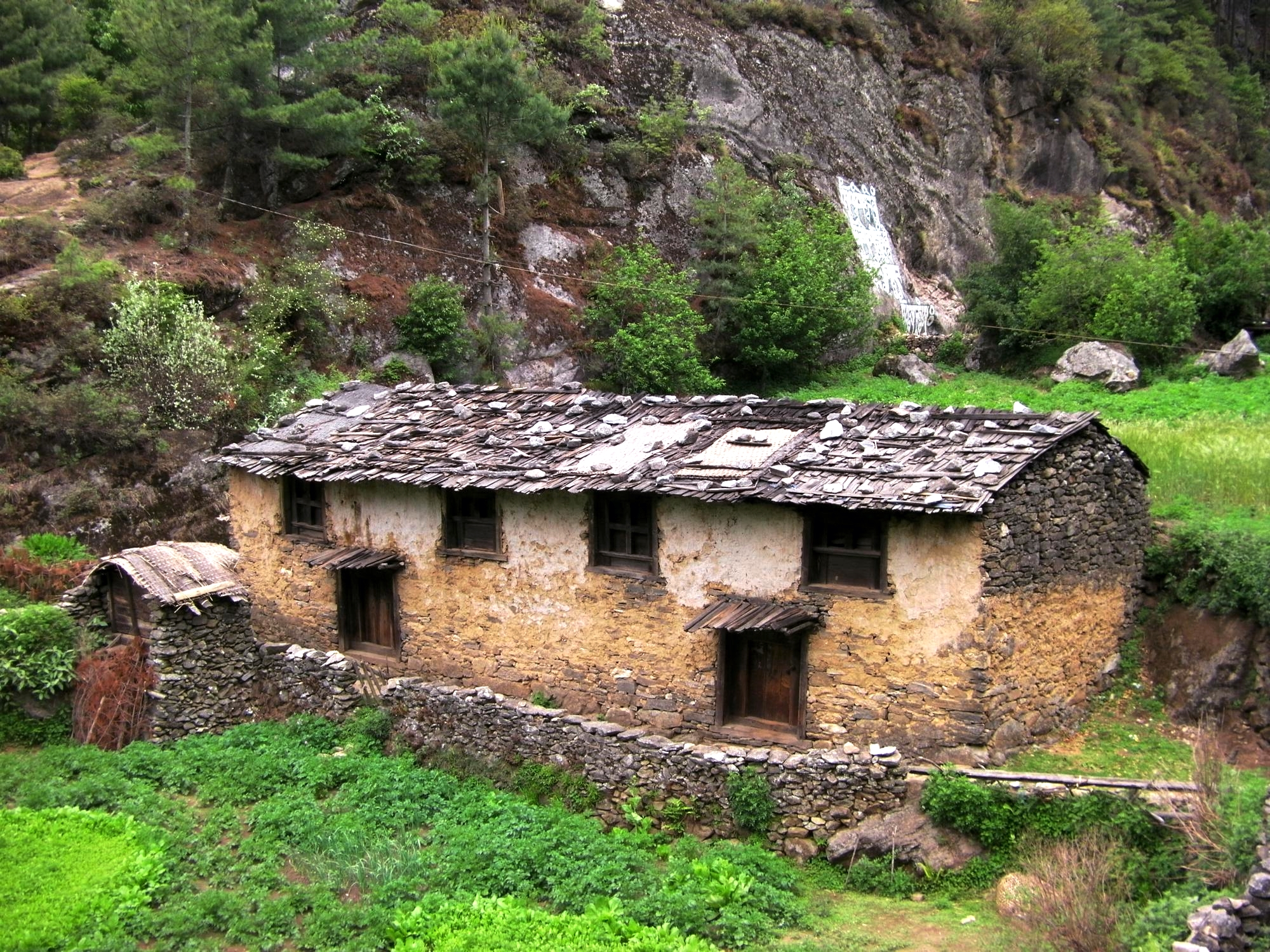 Sherpa house on the Base Camp trail to Everest