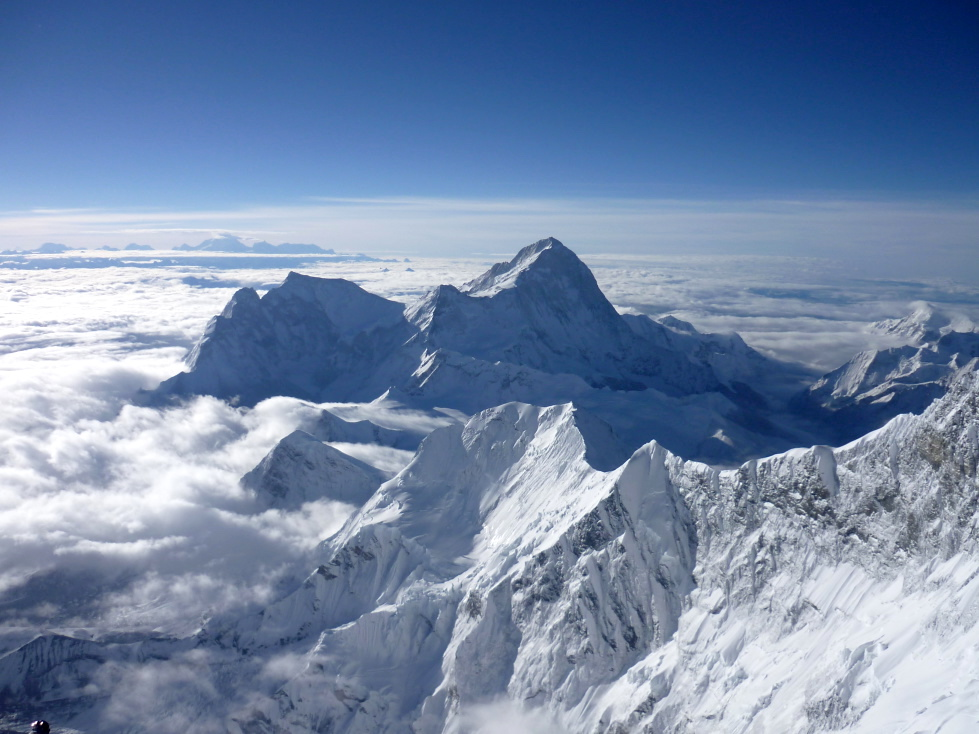 View from the Everest Peak across to Makalu
