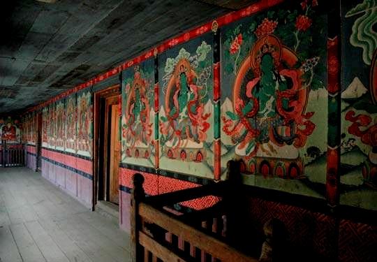 chiwong_inside_walls.jpg