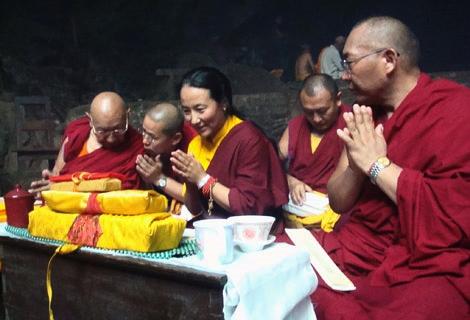 buddhist-at-halesi-temple.jpg