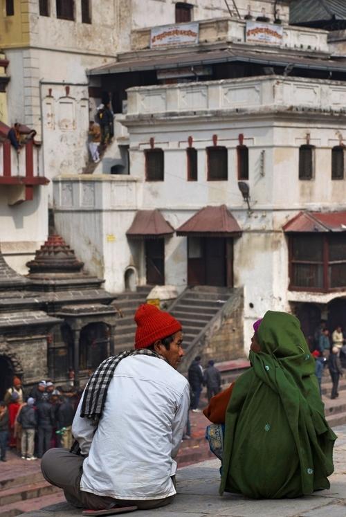 Hindu_Talking_Pashupatinath_Adventure_Alternative_Nepal.jpg