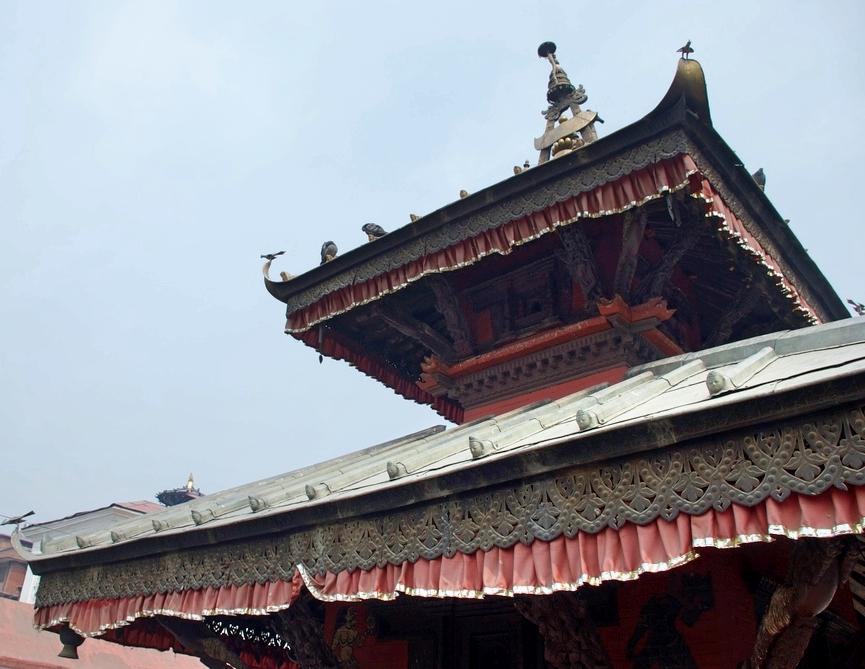Kamasutra_Temple_Pashupatinath_Hindu_Adventure_Alternative_Nepal.jpg