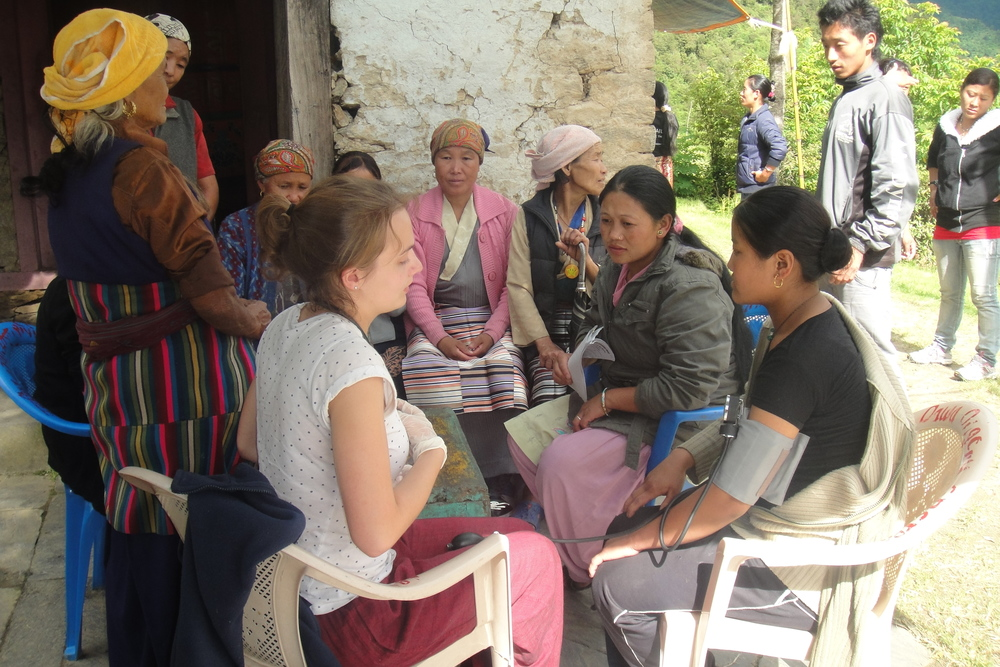 Medical_Camp_Studnts_Work_Adventure_Alternative_Nepal.JPG