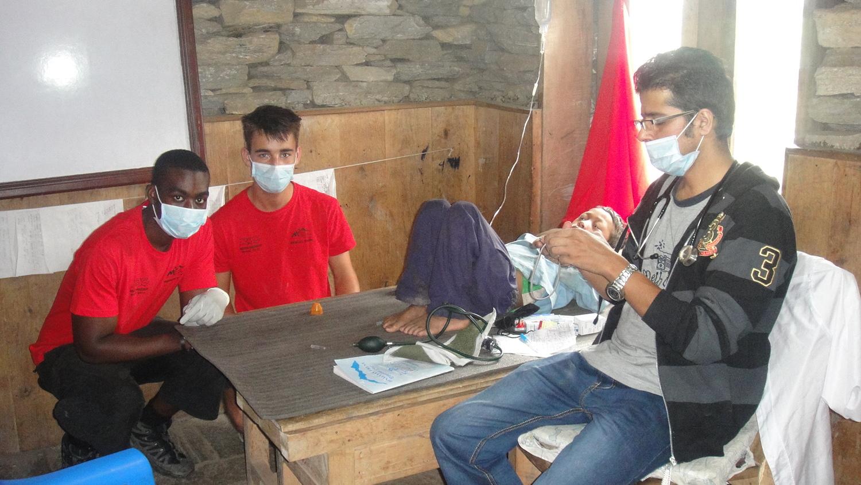Medical_Students_Volunteering_Adventure_Alternative_Nepal.JPG