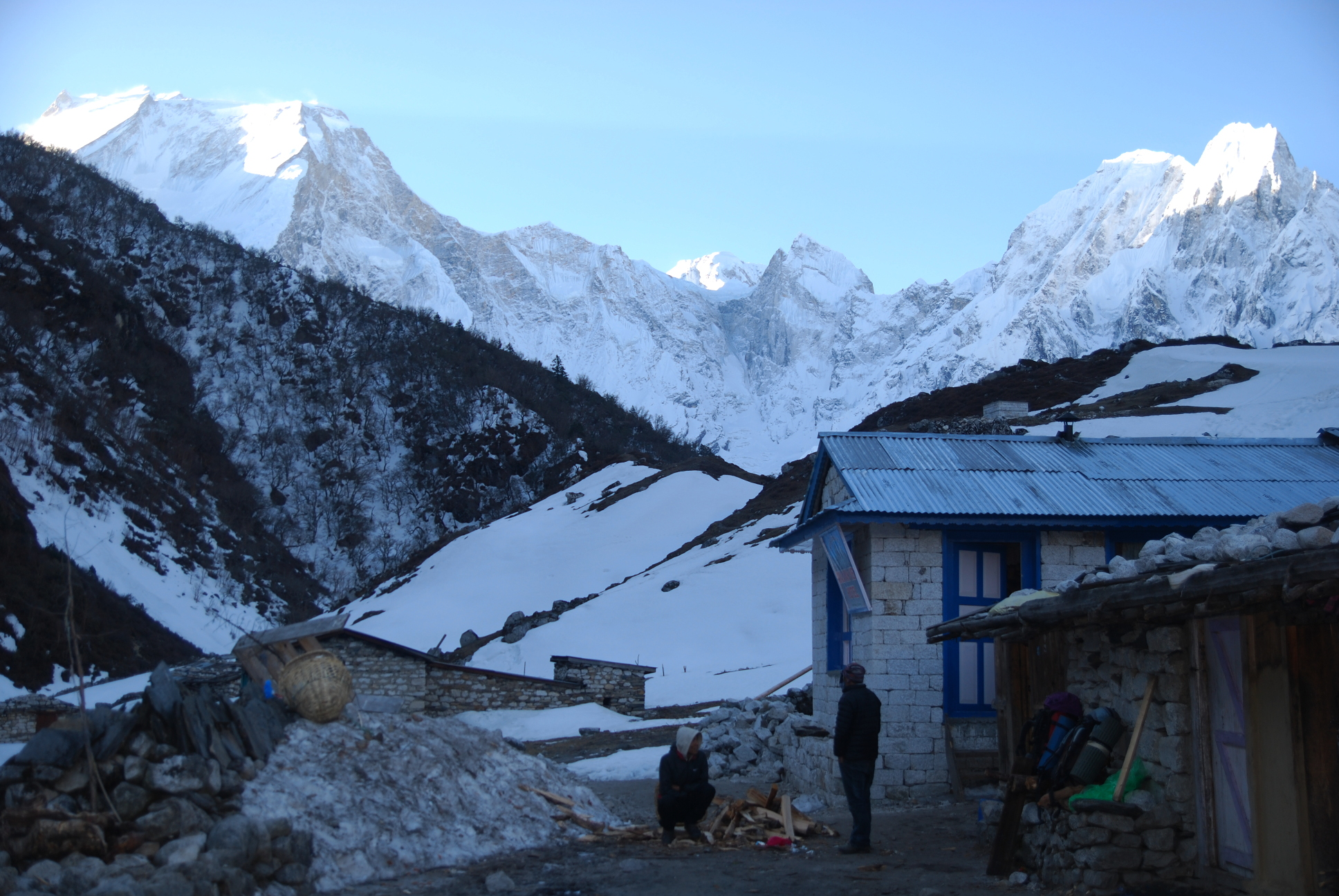 Manaslu_EarlyMorning3_AANepal.JPG