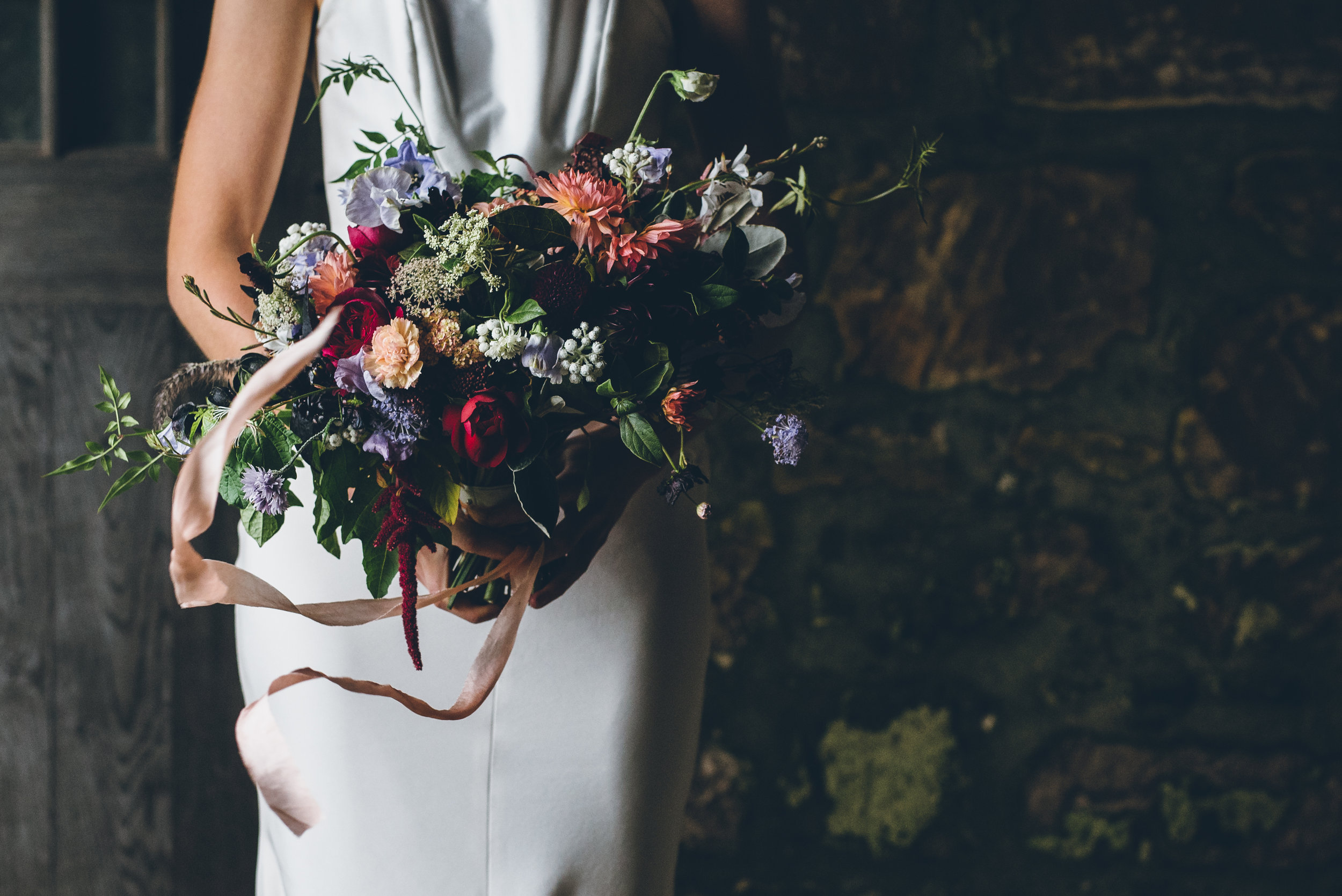 autumn wild flower wedding bouquet.jpg