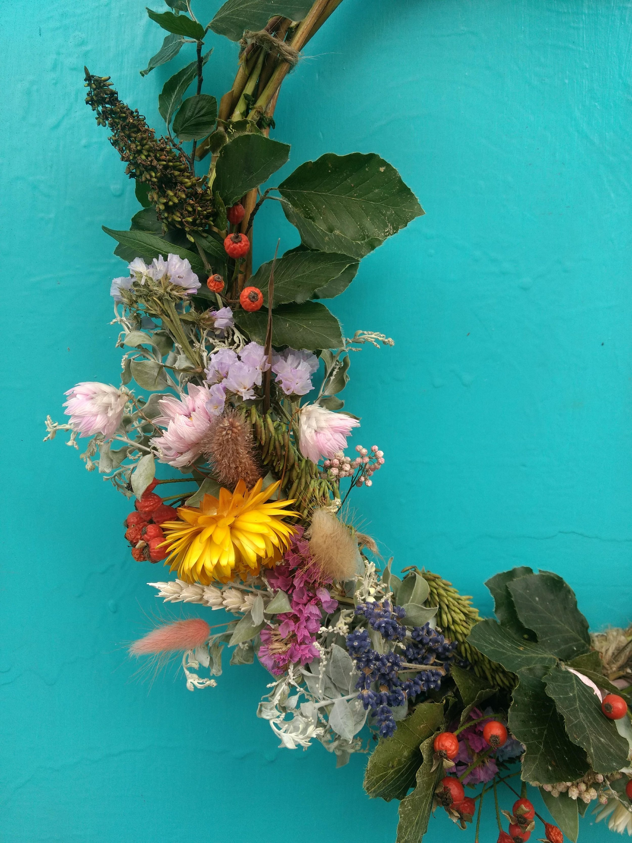 Seasonal Wild Flower Guide For Autumn Sustainable Wild Flower Wedding And Funeral Flowers By Briar Rose Design