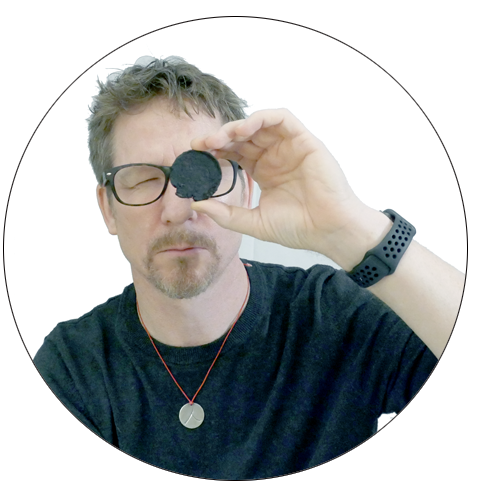 Thomas-with-herb-spyglass-circle.png