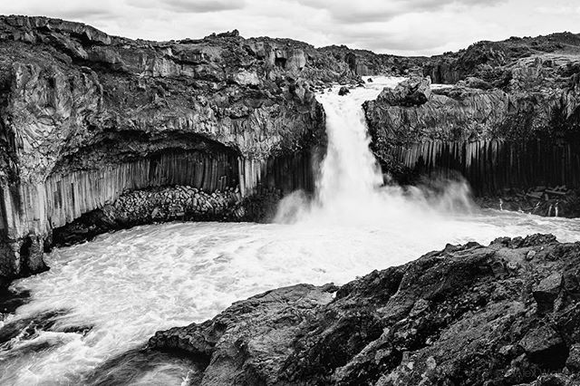Aldeyjarfoss Waterfall - Iceland • • • • • #visiticeland #waterfall #landscapelovers #bnw_guru #bnw_society #bw_lover #fineart_photobw #flair_bw #bnwsouls #bnwmood #bnw_life #bnw_life_shots #bw_perfect #bnw_captures #mycanon #waterfall #nature #explore #instadaily #photojournalist #picoftheday #lifestyle #clarity #adventure #drama #adventure #outdoors #hiking #Aldeyjarfoss #mystopover