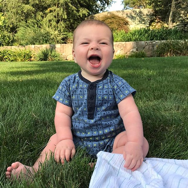 First time sitting himself up from tummy. I can't keep this little guy from moving all over now. He loves to pull the grass. #LCOMAugust #summer #happybaby #parkerb #teacollection #smile