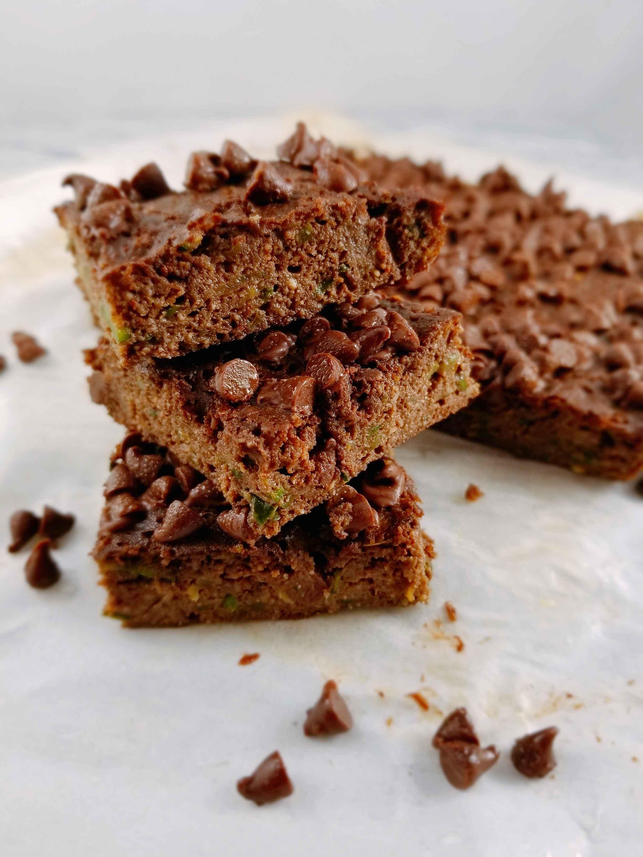 ashly-locklin-flourless-zucchini-brownies.jpg