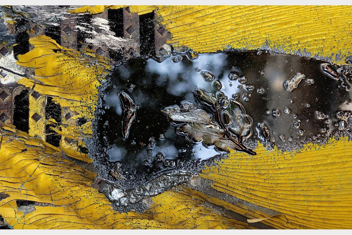 """Contemplation in Piazza Cadorna"" - 95 cm x 150 cm"