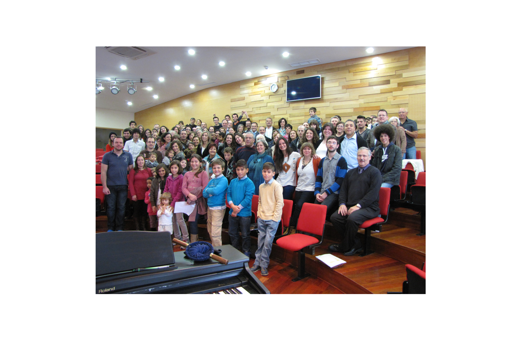 Gathering in the new sanctuary, the church congregation in Ermesinde has grown significantly since its early days meeting in living rooms around the city.