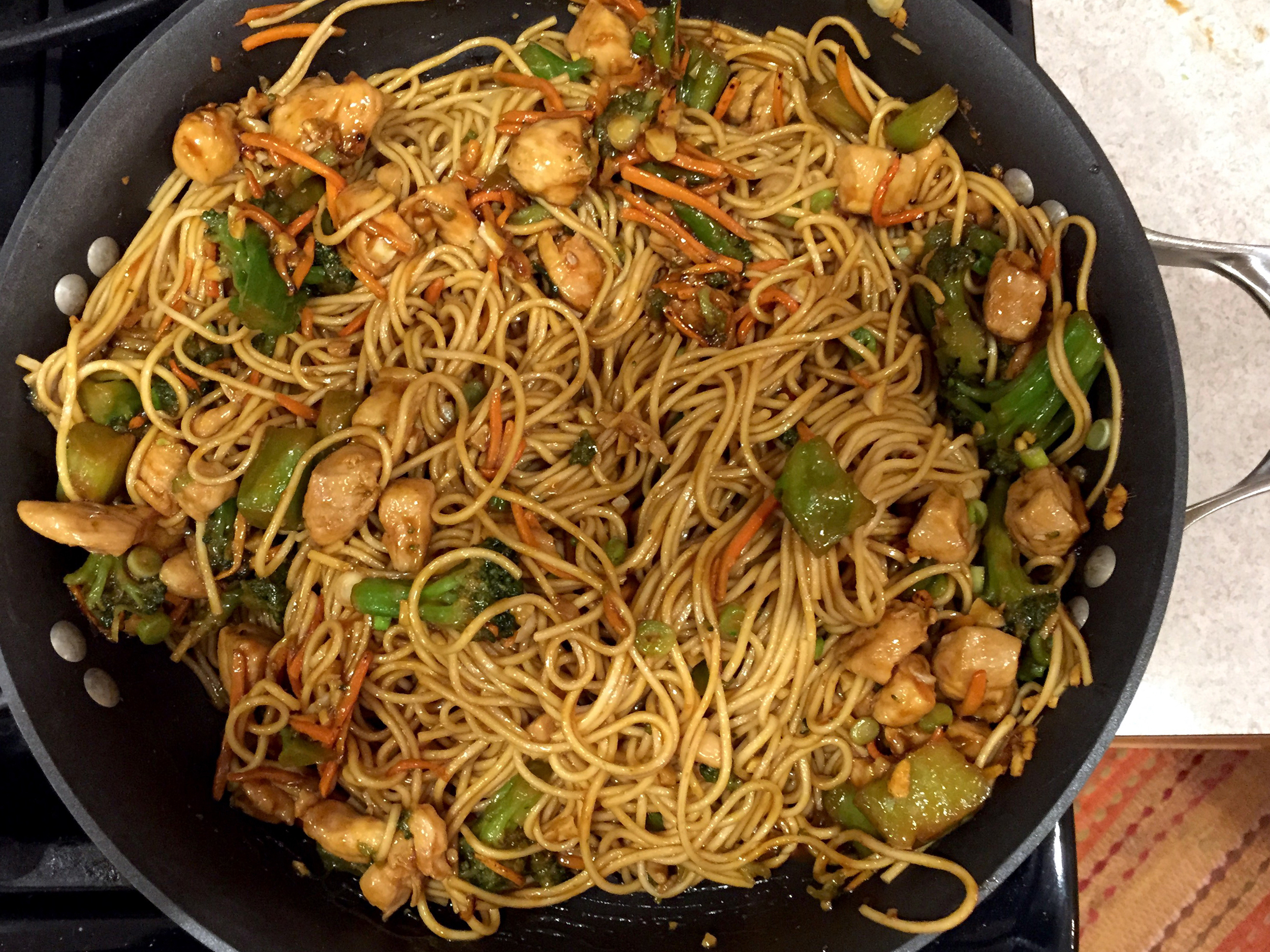 Sriracha Chicken and Broccoli Lo Mein