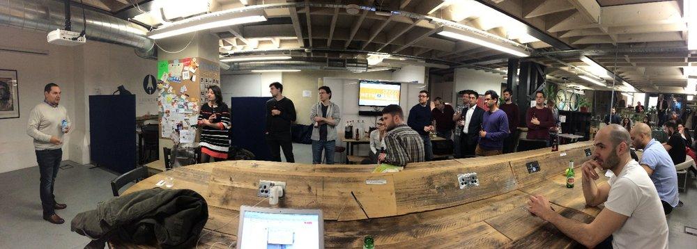 Нетворкинг-мероприятие в лондонском коворкинге для владельцев стартапов