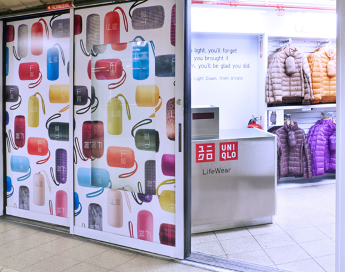 uniqlo-goes-underground-with-pop-up-shop-in-new-york-citys-14th-street---union-square-subway-station---2.jpg