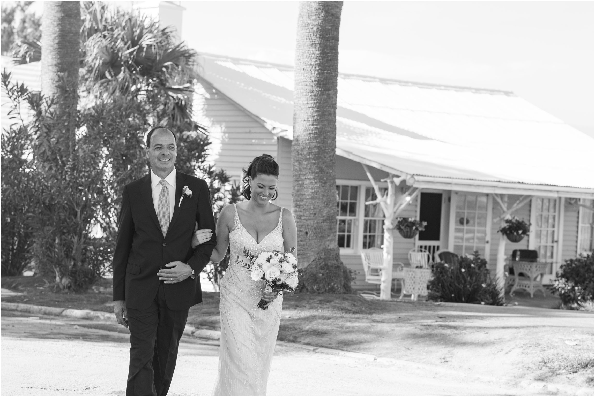 ©FianderFoto_Catherine_Kenny_Coral Beach Wedding_156.jpg
