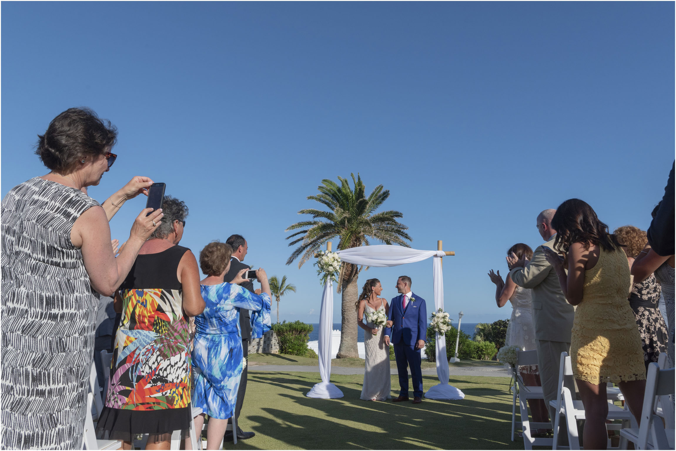 ©FianderFoto_Catherine_Kenny_Coral Beach Wedding_171.jpg