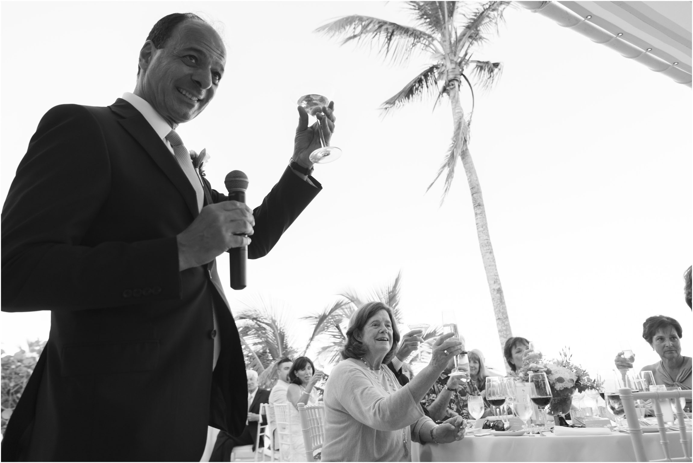 ©FianderFoto_Catherine_Kenny_Coral Beach Wedding_185.jpg