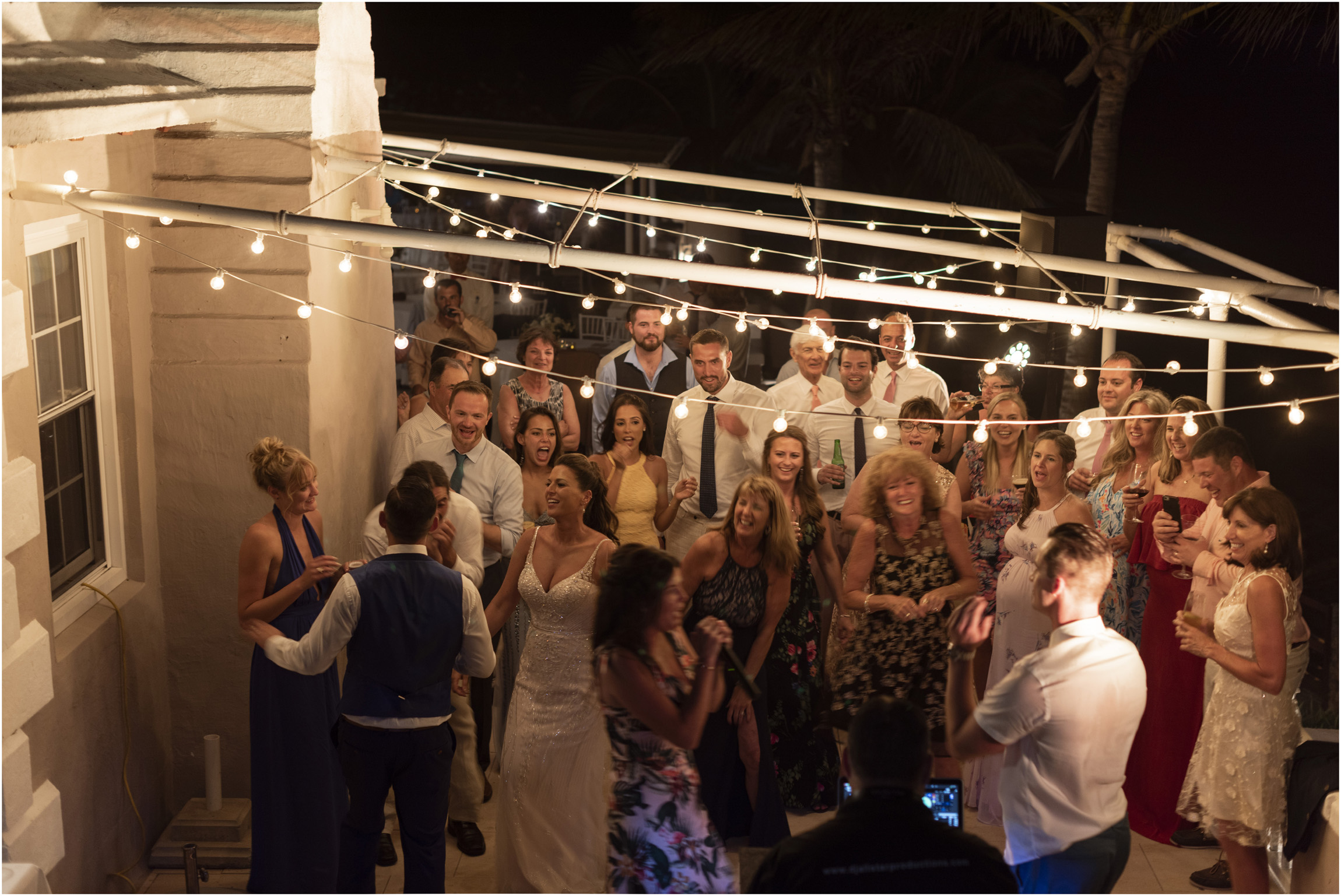 ©FianderFoto_Catherine_Kenny_Coral Beach Wedding_201.jpg