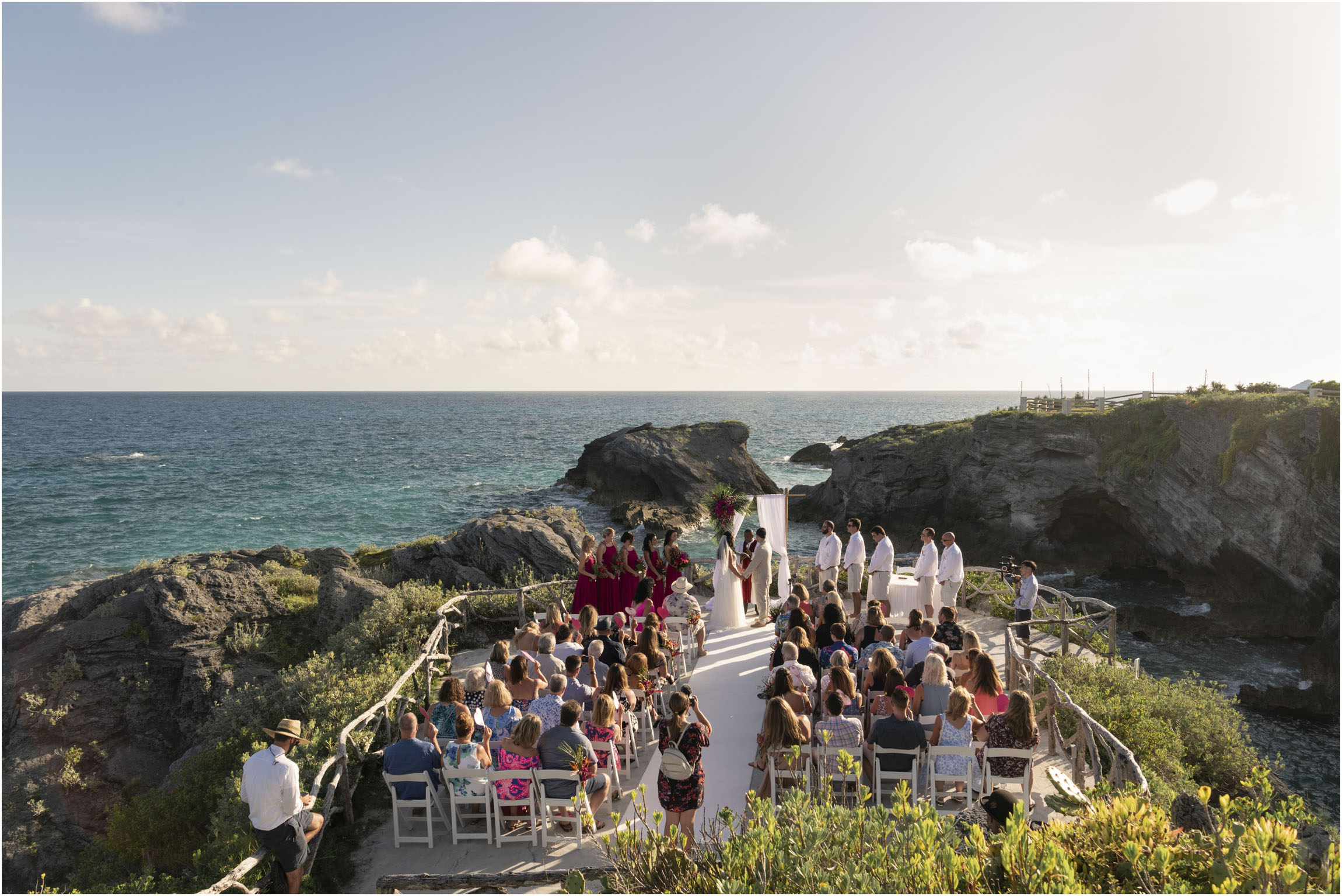 ©FianderFoto_Bermuda_Wedding Photographer_Hamilton_Princess_Brielle_Brandon_027.jpg