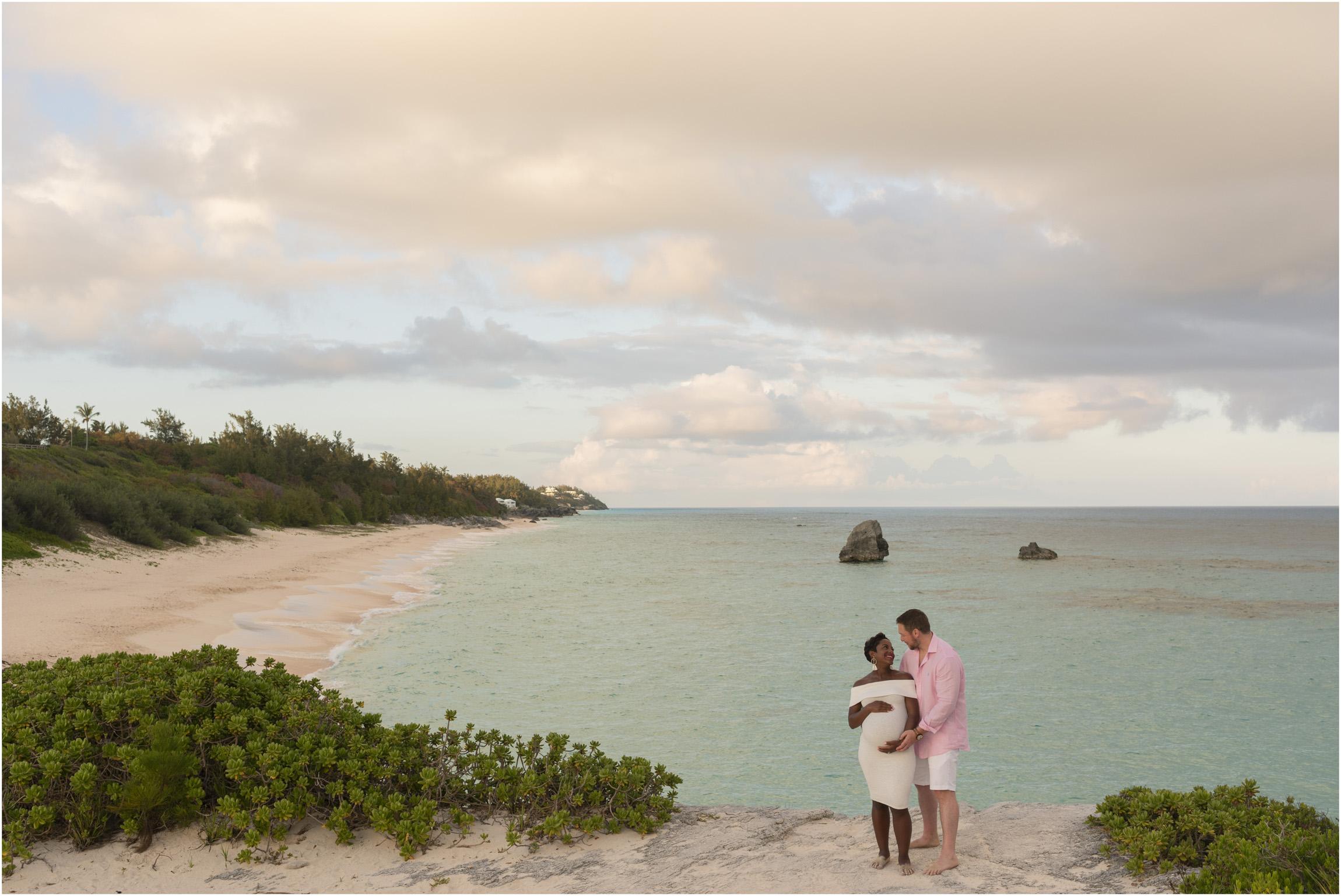 ©FianderFoto_Bermuda Maternity Photographer_Jennifer_Jonathan_038.jpg