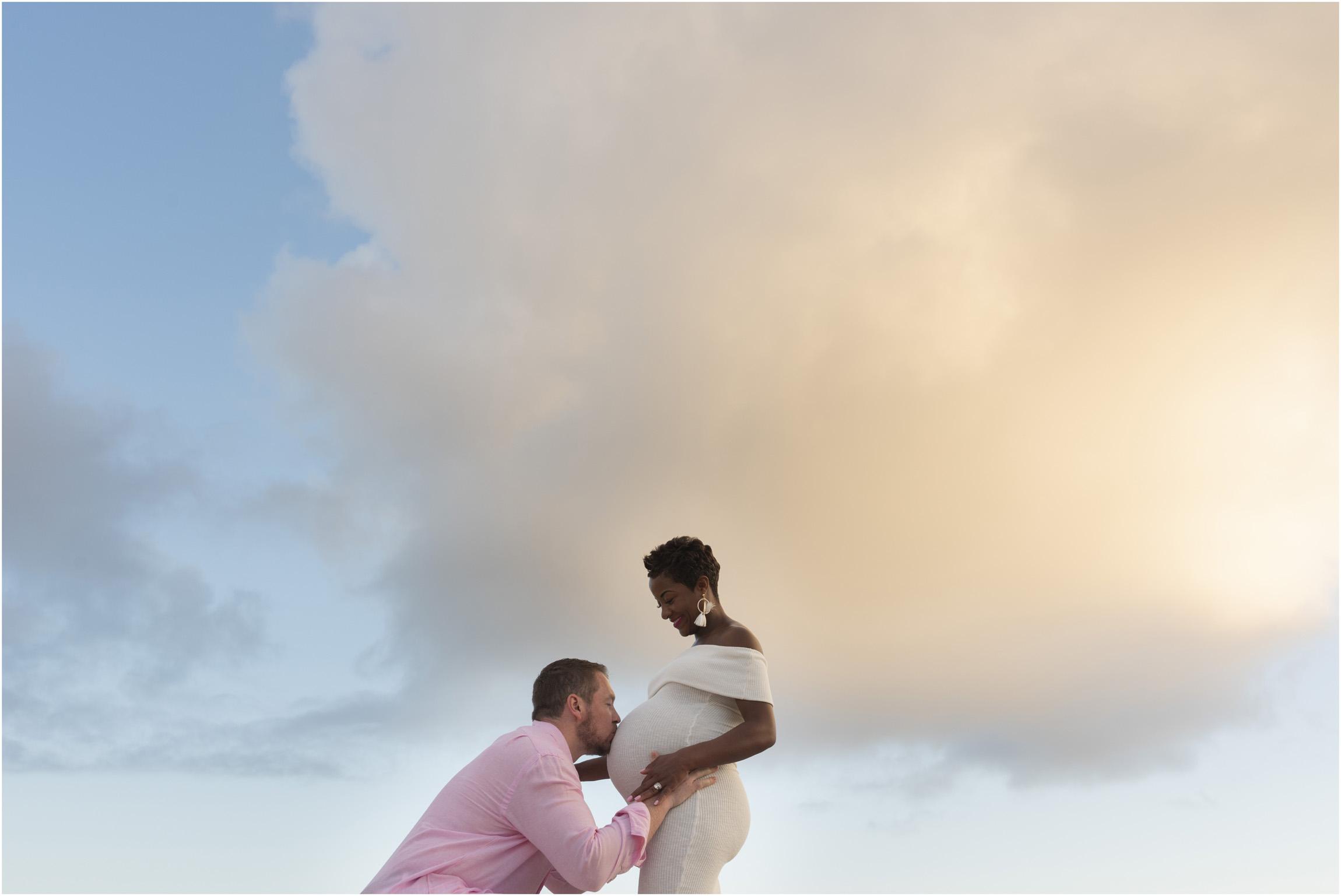 ©FianderFoto_Bermuda Maternity Photographer_Jennifer_Jonathan_040.jpg