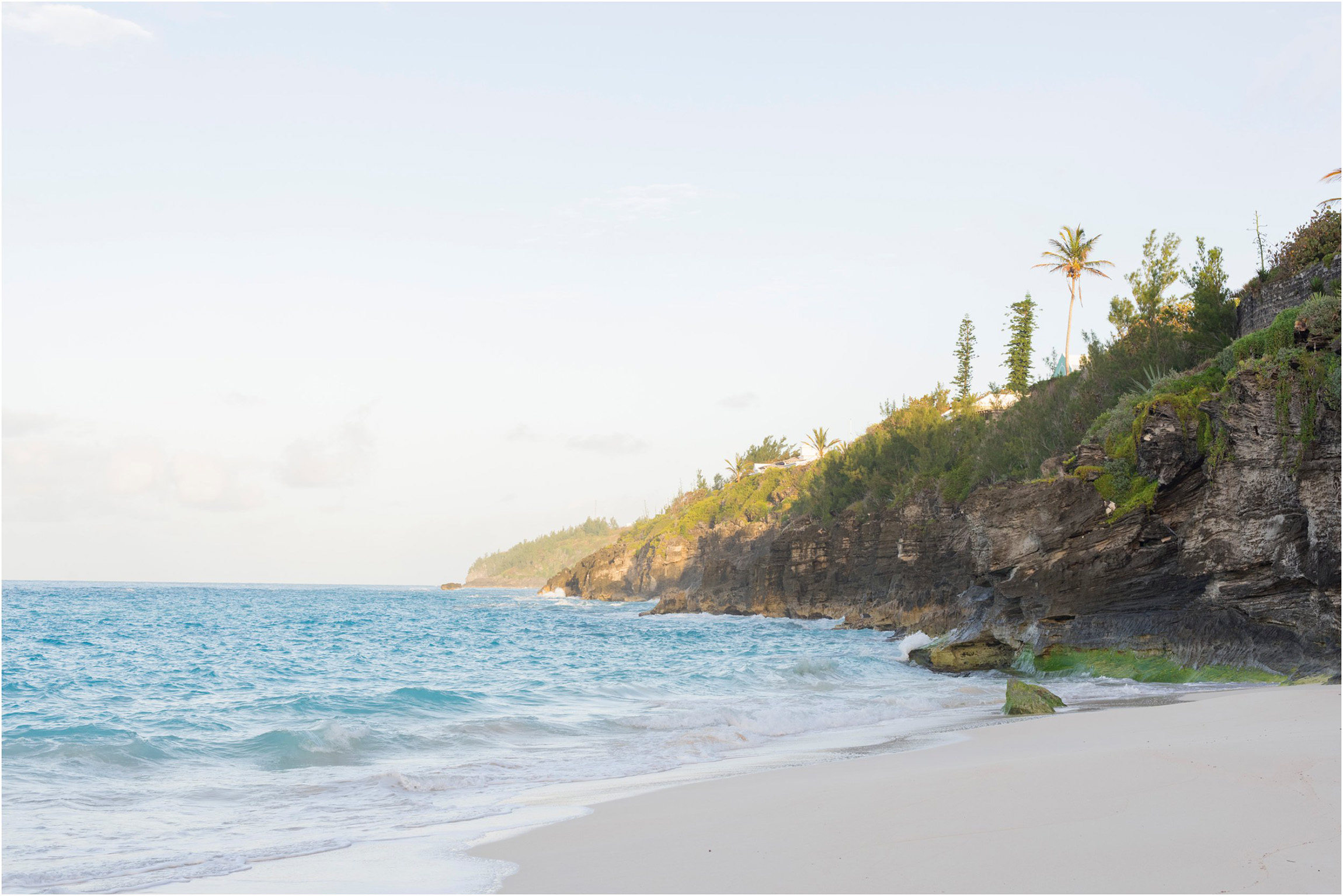 ©FianderFoto_Bermuda_Maternity_Photographer_The Reefs_Jaime__Eric_013.jpg