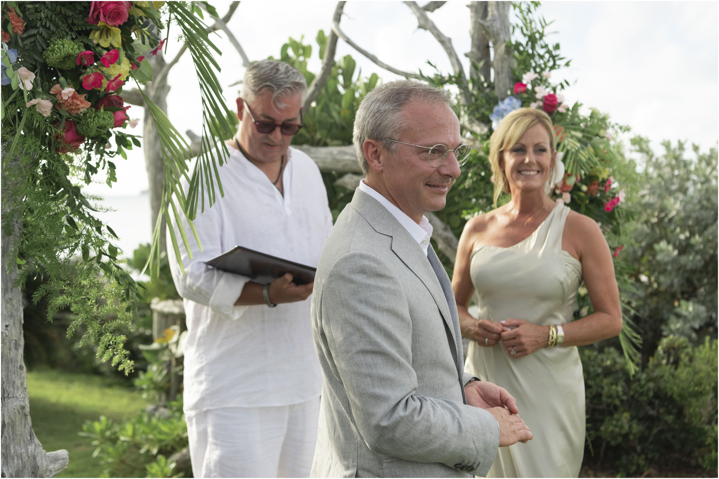 ©FianderFoto_Bermuda_Wedding_Photographer_Long_Island_Bermuda_Nancy_Ray_063.jpg