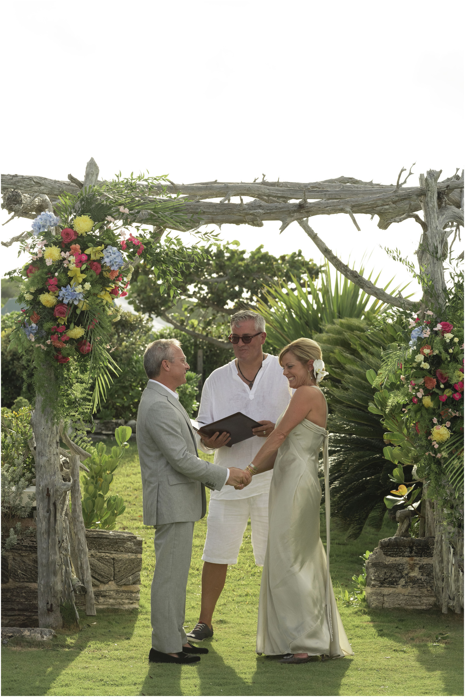 ©FianderFoto_Bermuda_Wedding_Photographer_Long_Island_Bermuda_Nancy_Ray_067.jpg