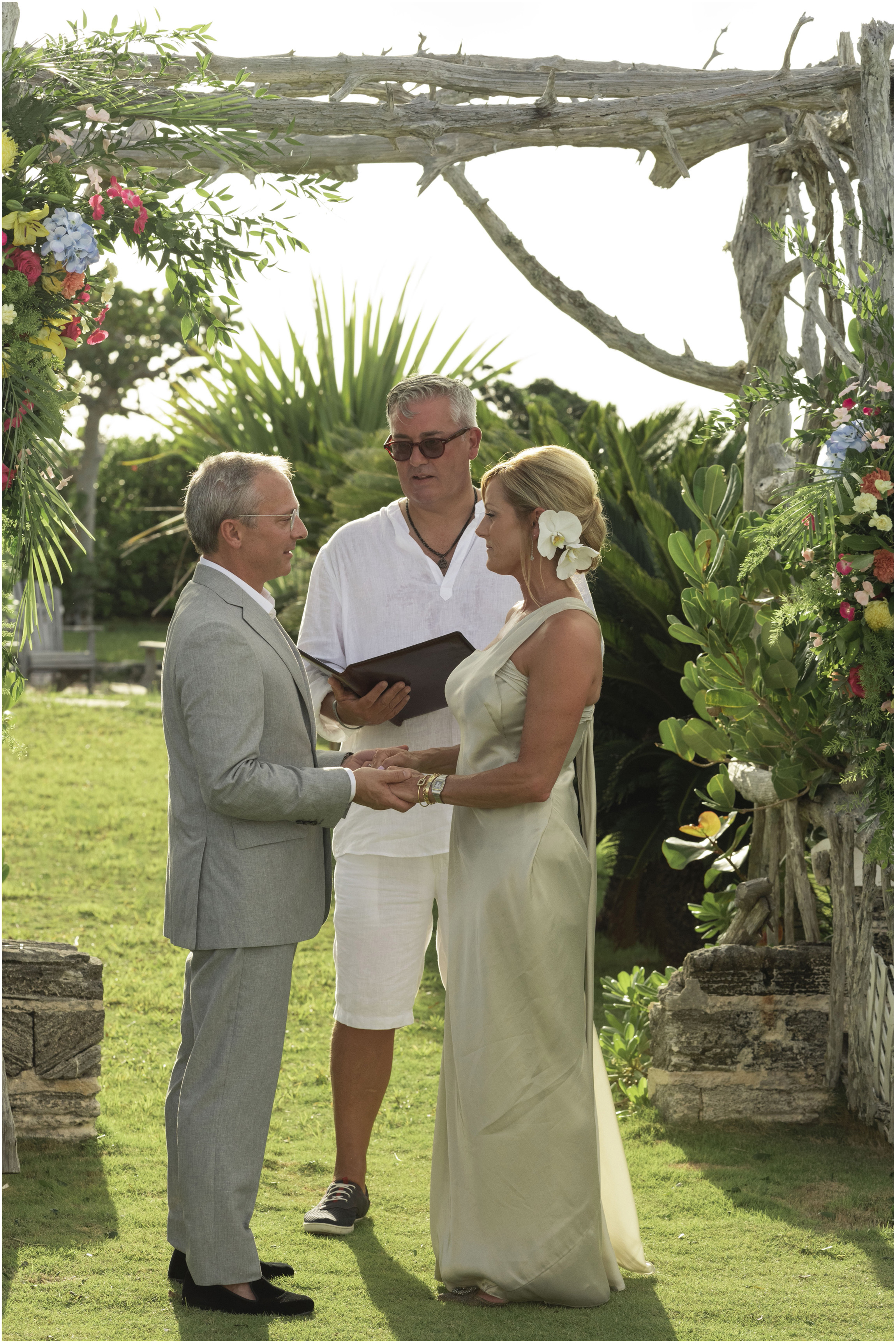 ©FianderFoto_Bermuda_Wedding_Photographer_Long_Island_Bermuda_Nancy_Ray_068.jpg