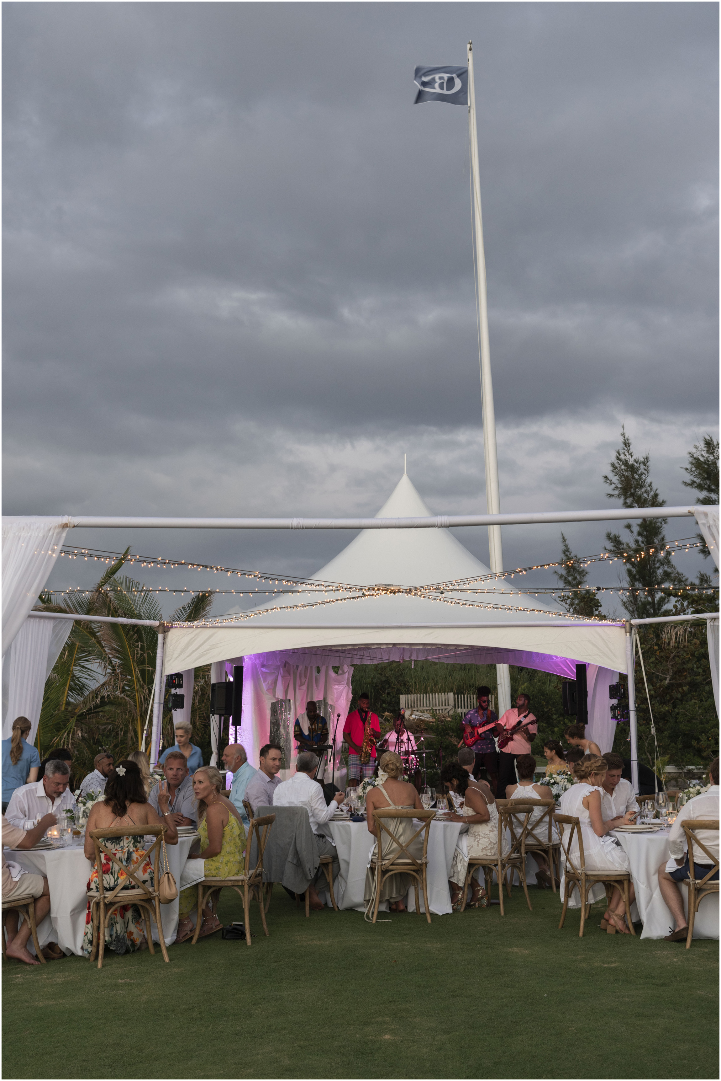 ©FianderFoto_Bermuda_Wedding_Photographer_Long_Island_Bermuda_Nancy_Ray_109.jpg