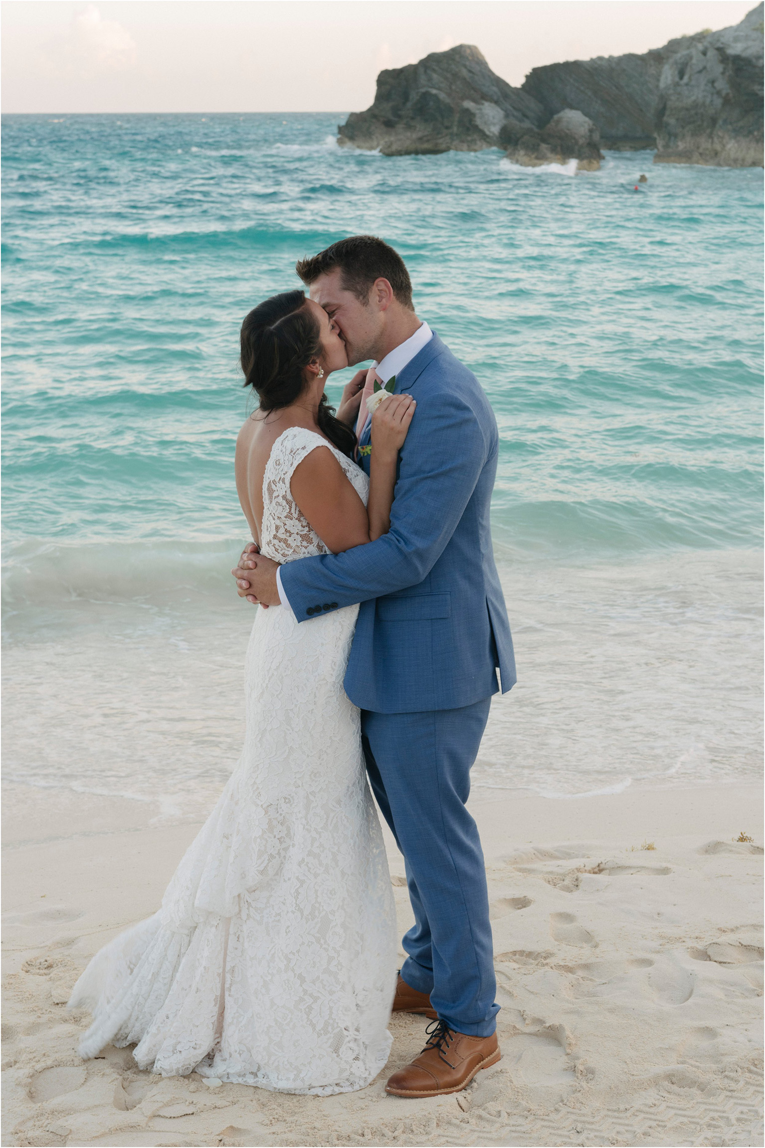 ©FianderFoto_Bermuda Wedding Photographer_Fairmont Southampton_Wedding_Anna_Thomas_093.jpg