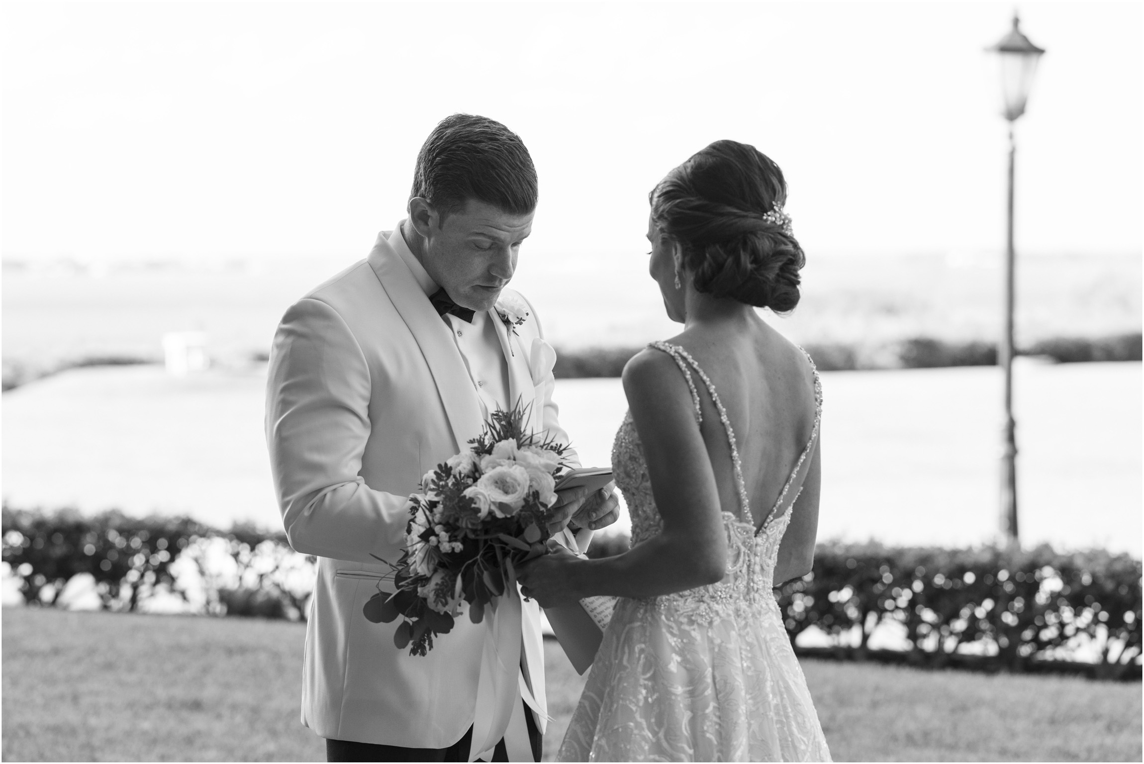 ©Fiander Foto_Bermuda Wedding Photographer_The Reefs_Taylor_Tedd_060.jpg
