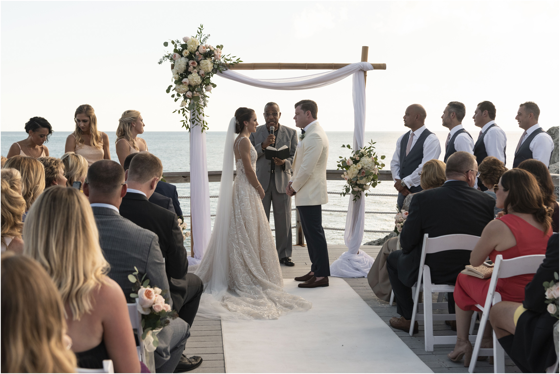 ©Fiander Foto_Bermuda Wedding Photographer_The Reefs_Taylor_Tedd_095.jpg