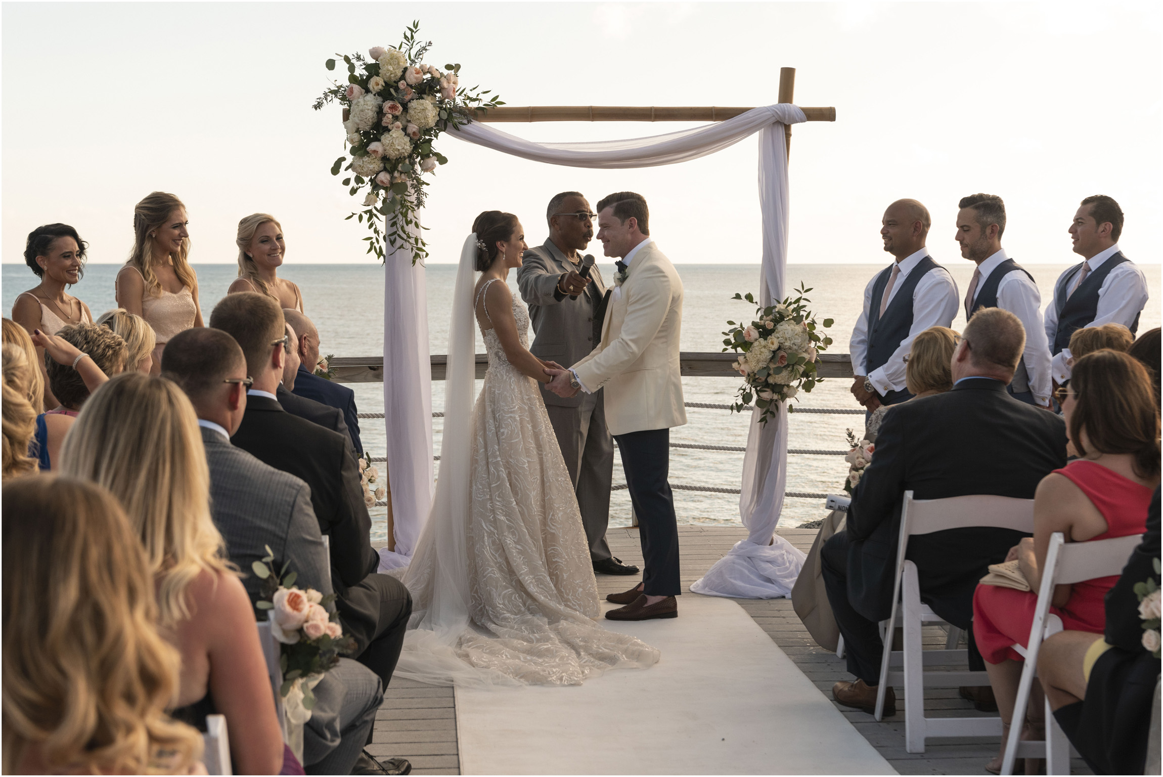 ©Fiander Foto_Bermuda Wedding Photographer_The Reefs_Taylor_Tedd_097.jpg