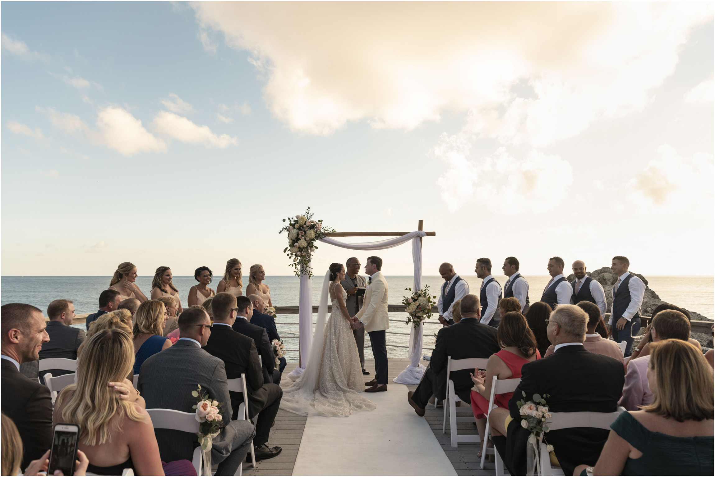 ©Fiander Foto_Bermuda Wedding Photographer_The Reefs_Taylor_Tedd_100.jpg