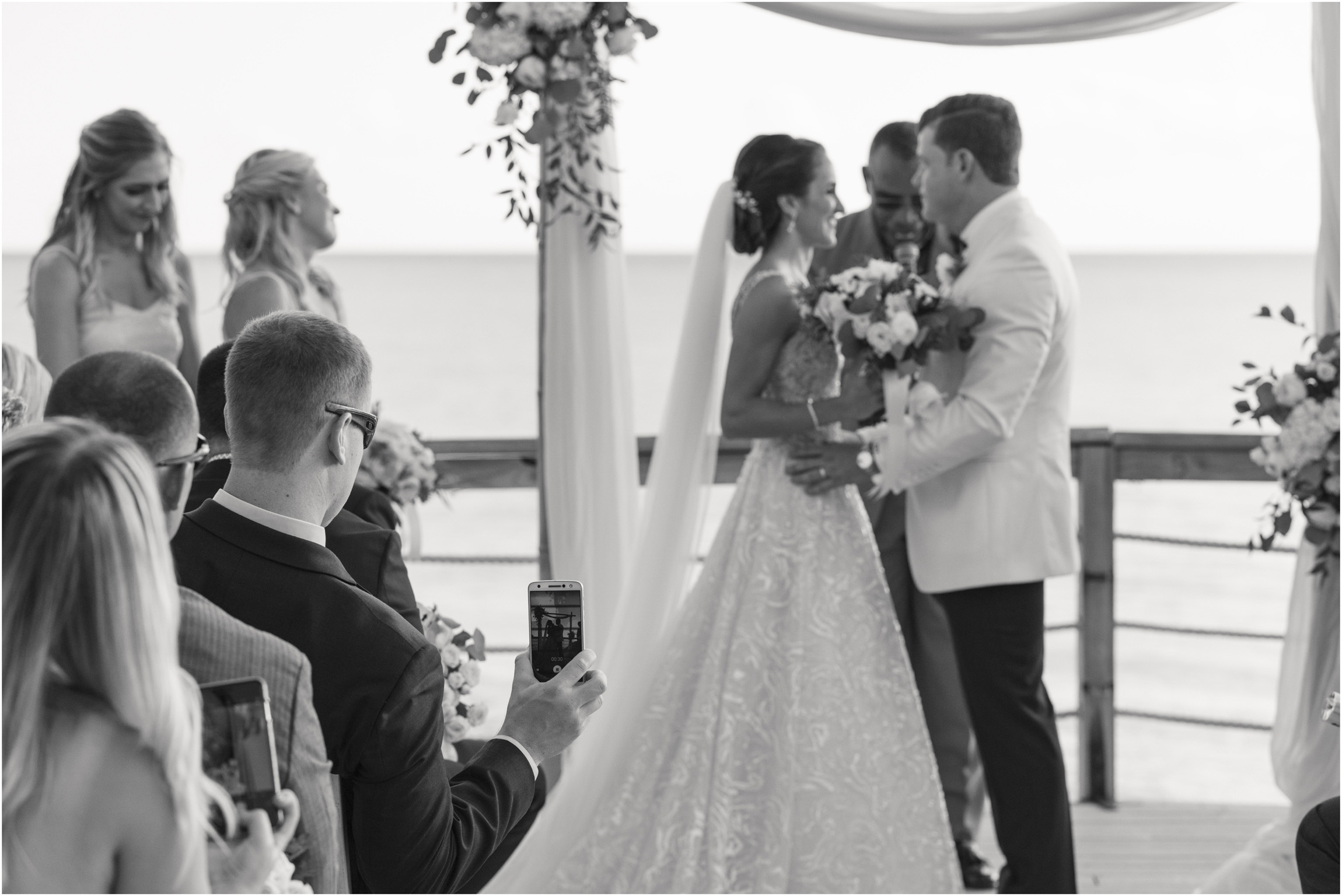 ©Fiander Foto_Bermuda Wedding Photographer_The Reefs_Taylor_Tedd_112.jpg