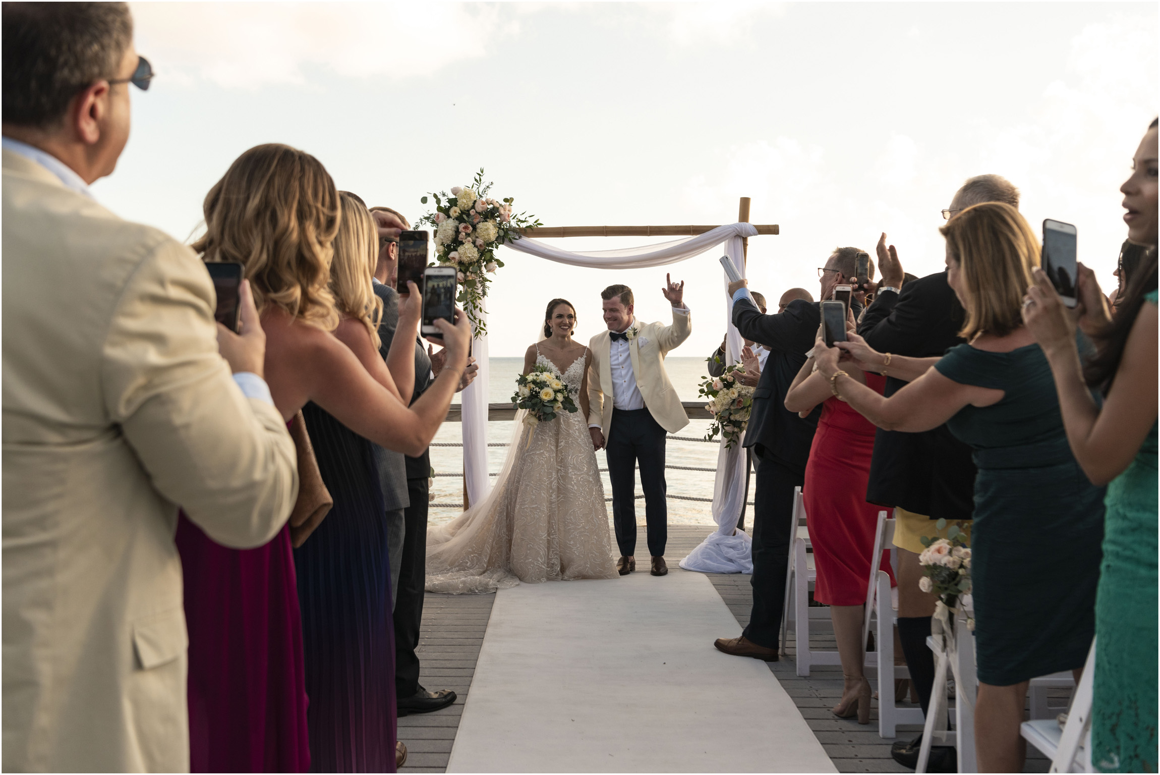 ©Fiander Foto_Bermuda Wedding Photographer_The Reefs_Taylor_Tedd_113.jpg