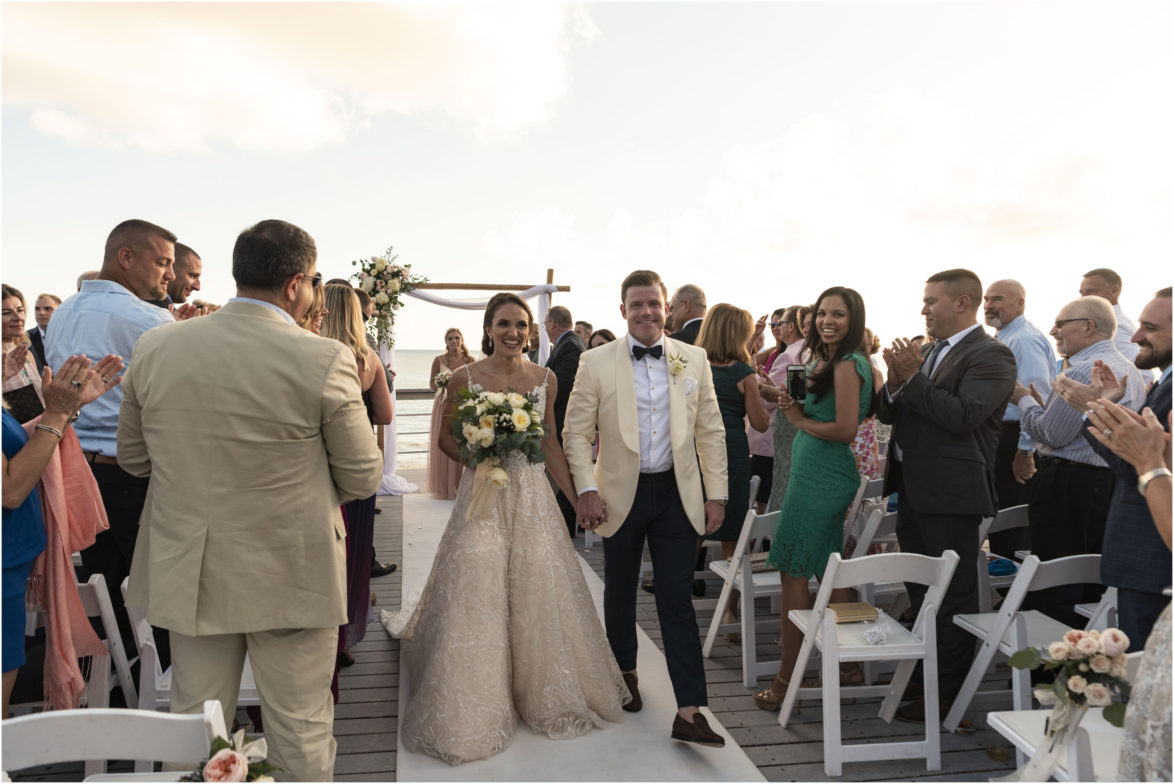 ©Fiander Foto_Bermuda Wedding Photographer_The Reefs_Taylor_Tedd_116.jpg