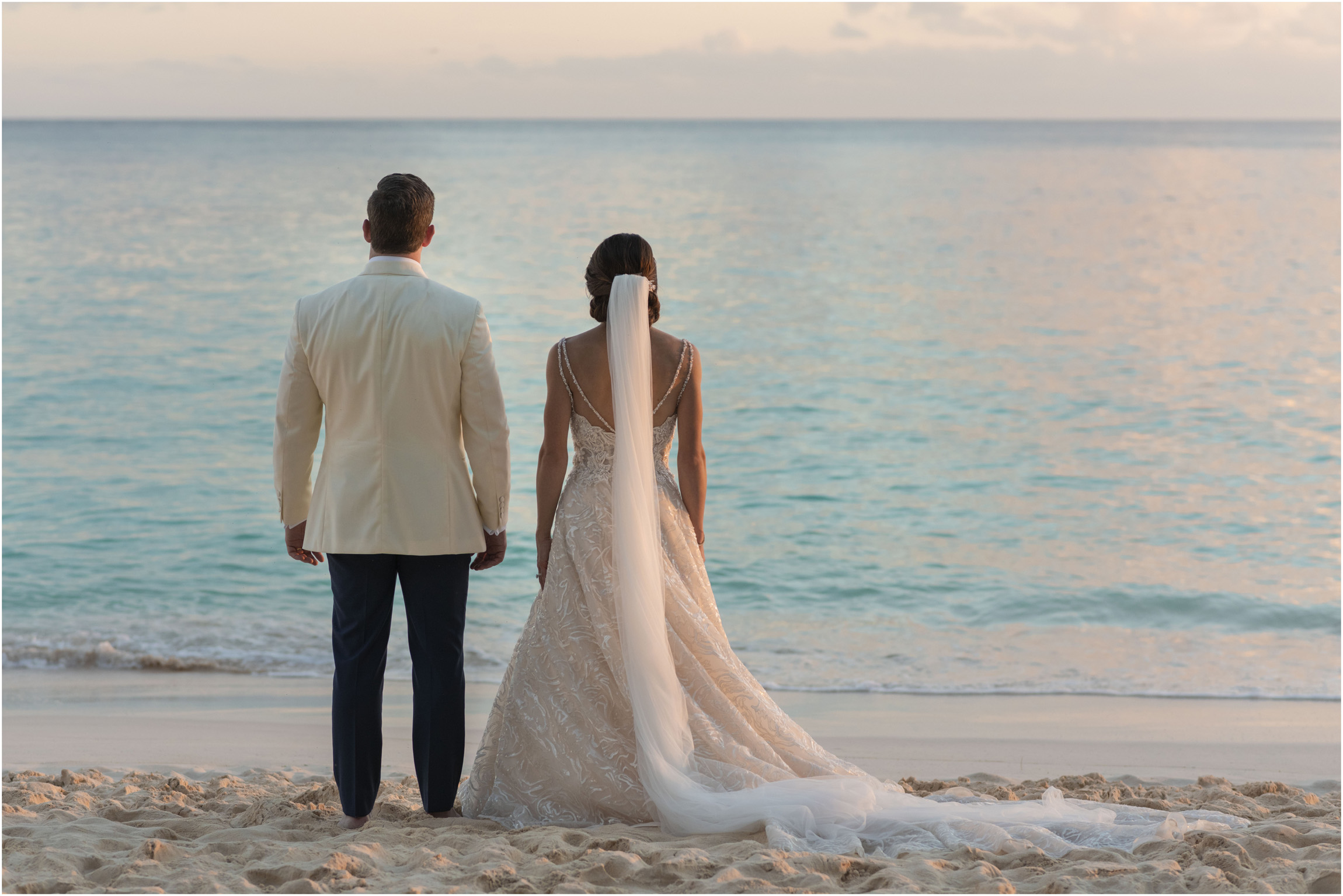 ©Fiander Foto_Bermuda Wedding Photographer_The Reefs_Taylor_Tedd_147.jpg