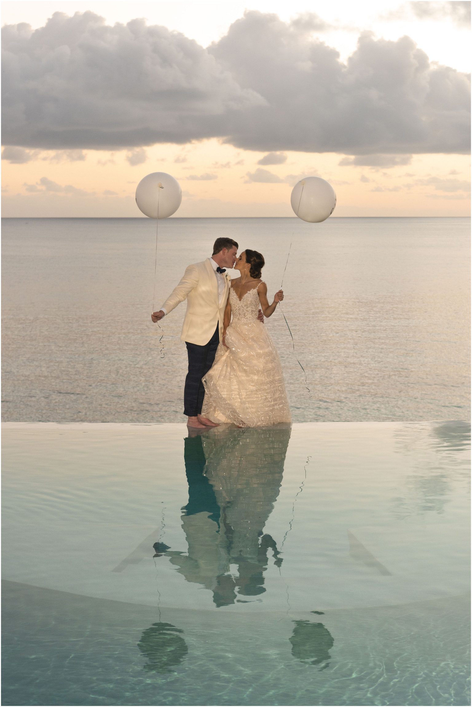 ©Fiander Foto_Bermuda Wedding Photographer_The Reefs_Taylor_Tedd_148.jpg