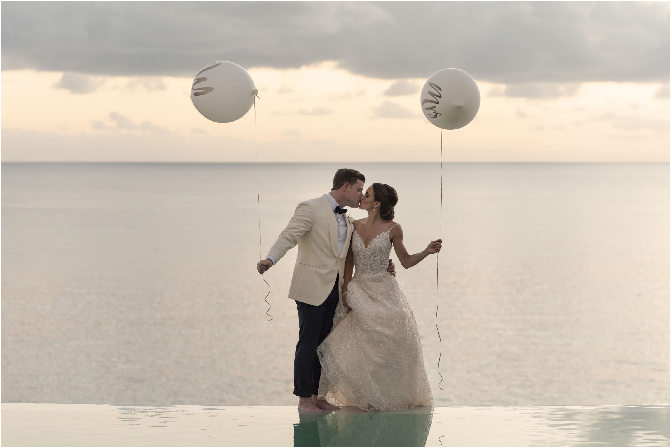 ©Fiander Foto_Bermuda Wedding Photographer_The Reefs_Taylor_Tedd_149.jpg