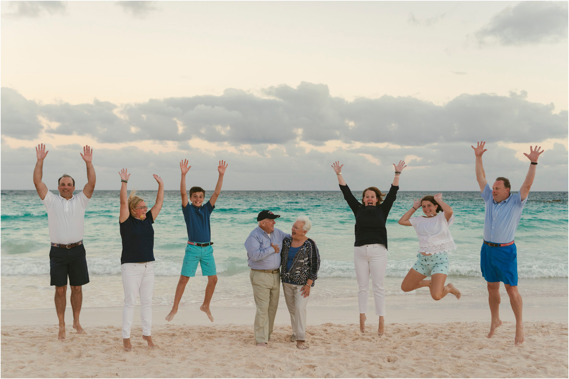 Fiander Foto_Bermuda Photographer_Horseshoe Bay Beach__Alicia's Family_018.jpg