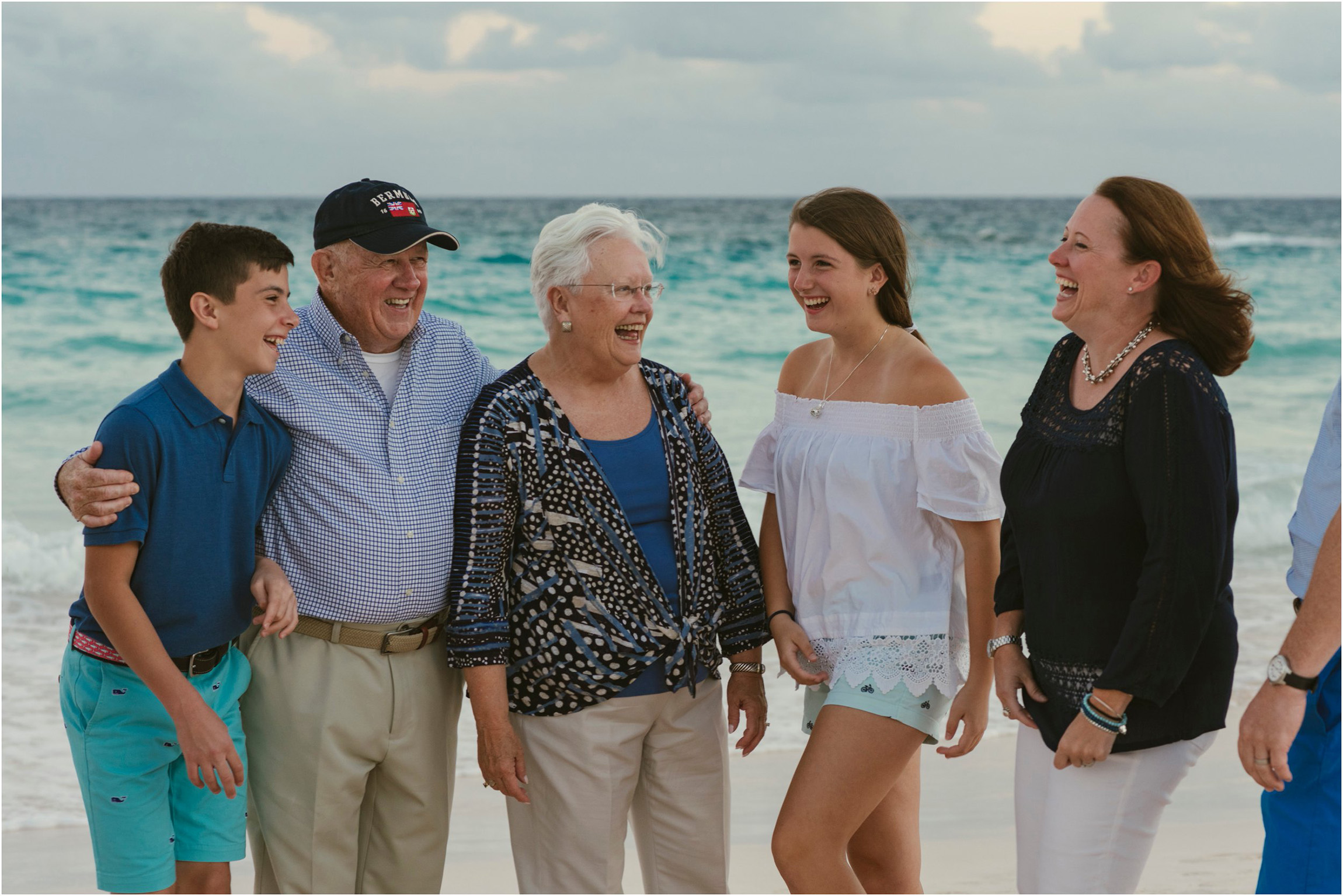 Fiander Foto_Bermuda Photographer_Horseshoe Bay Beach__Alicia's Family_019.jpg