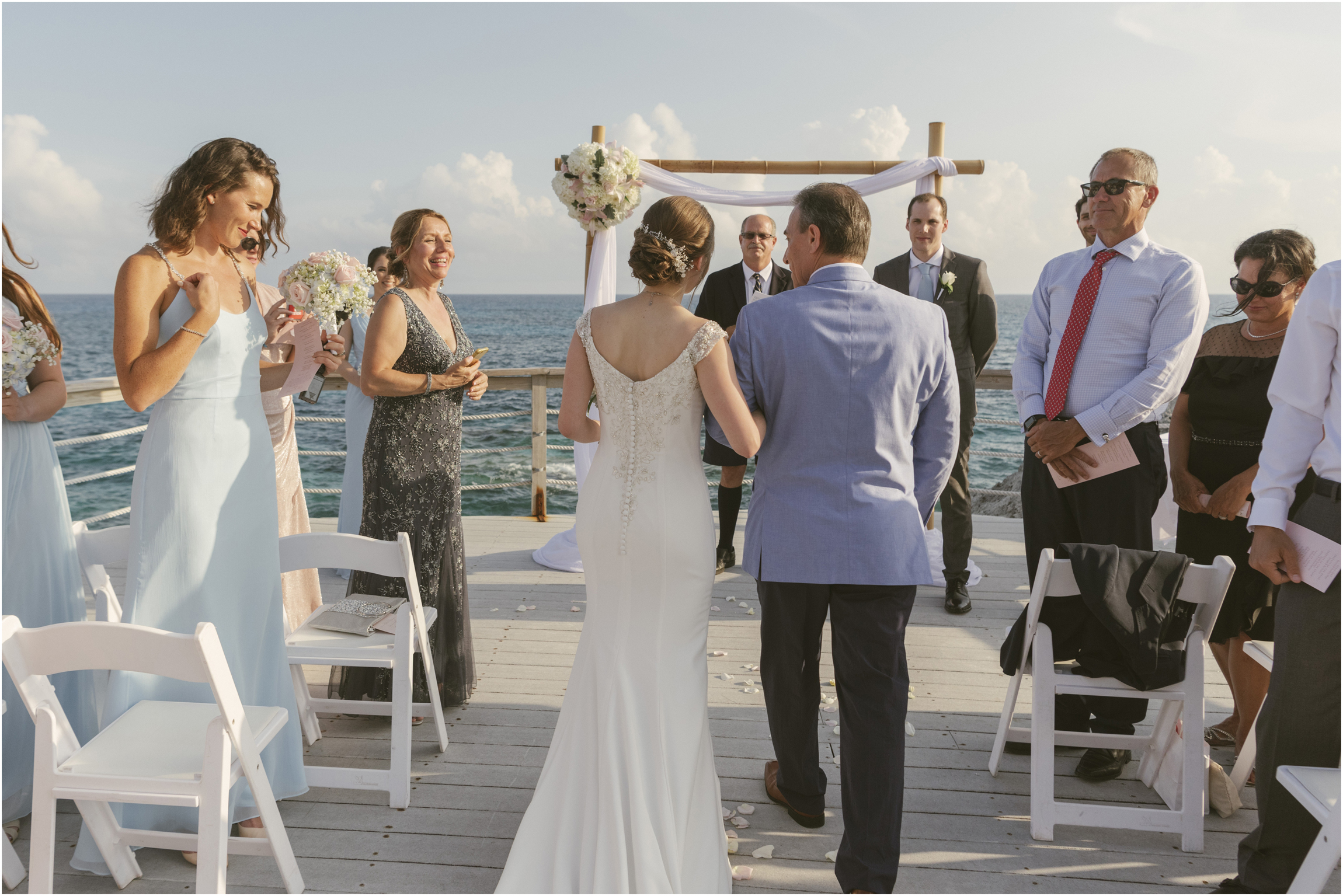 ©FianderFoto_Caribbean_Wedding_Photographer_The Reefs_Bermuda_Lauren_Erik_053.jpg