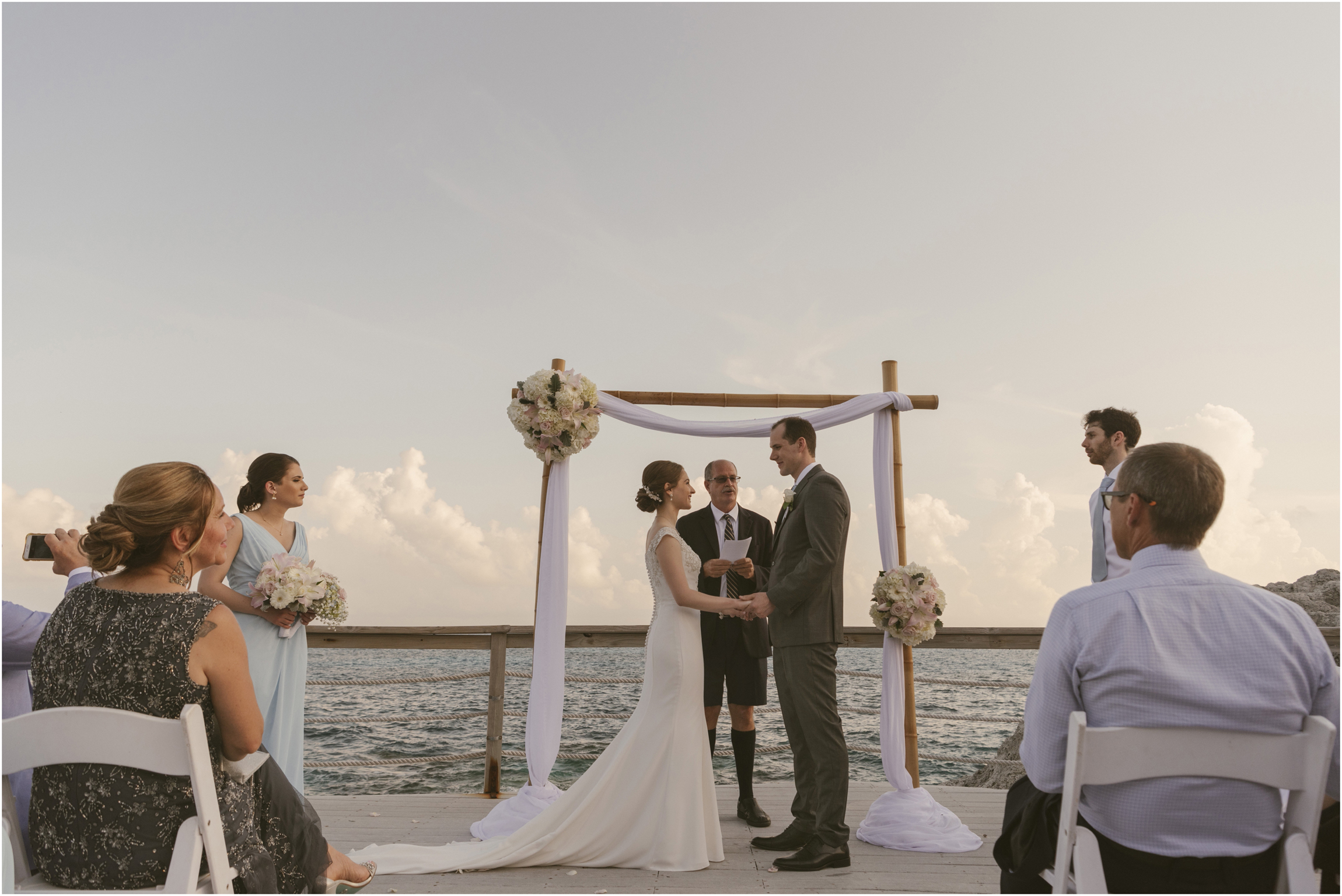©FianderFoto_Caribbean_Wedding_Photographer_The Reefs_Bermuda_Lauren_Erik_069.jpg