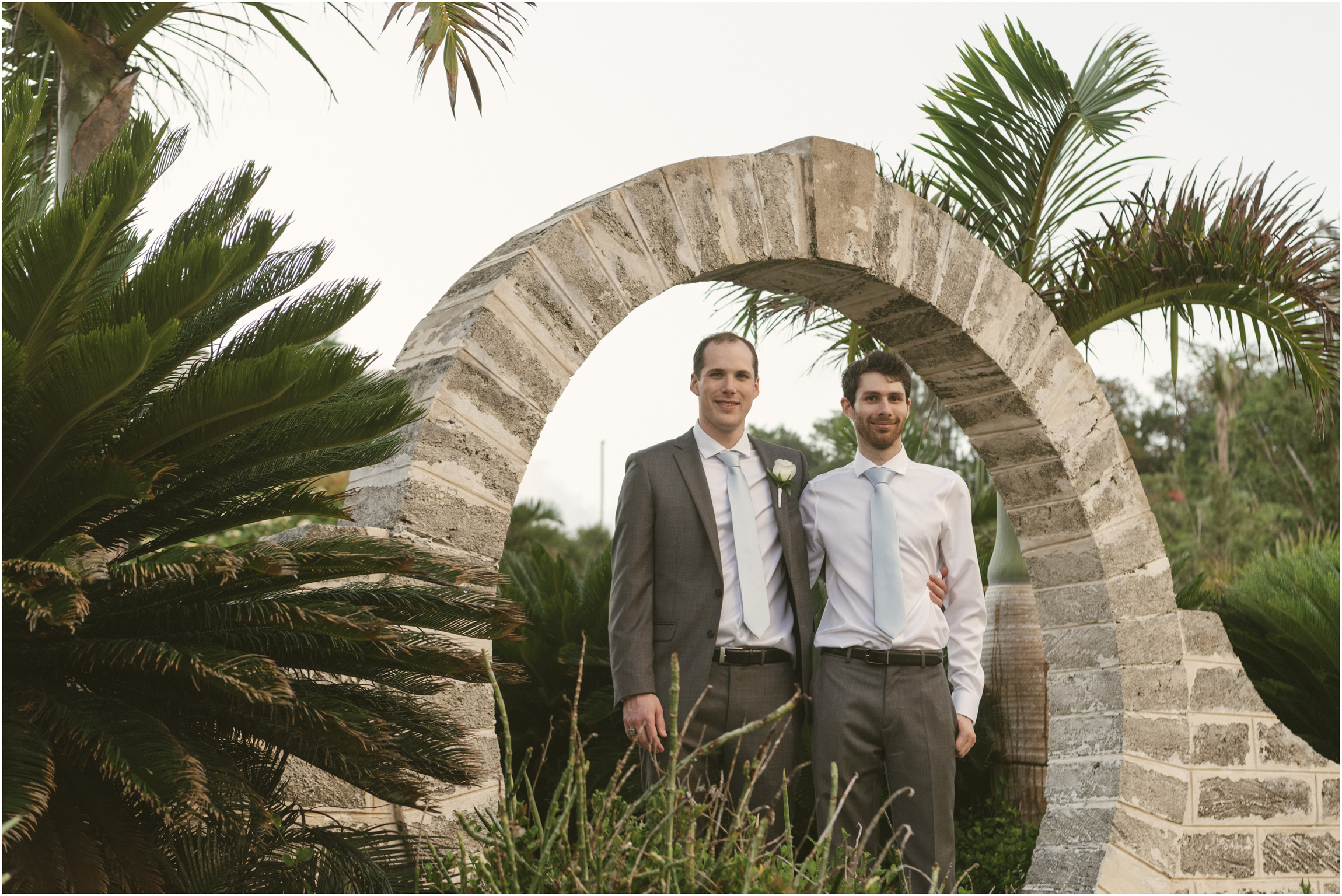 ©FianderFoto_Caribbean_Wedding_Photographer_The Reefs_Bermuda_Lauren_Erik_081.jpg