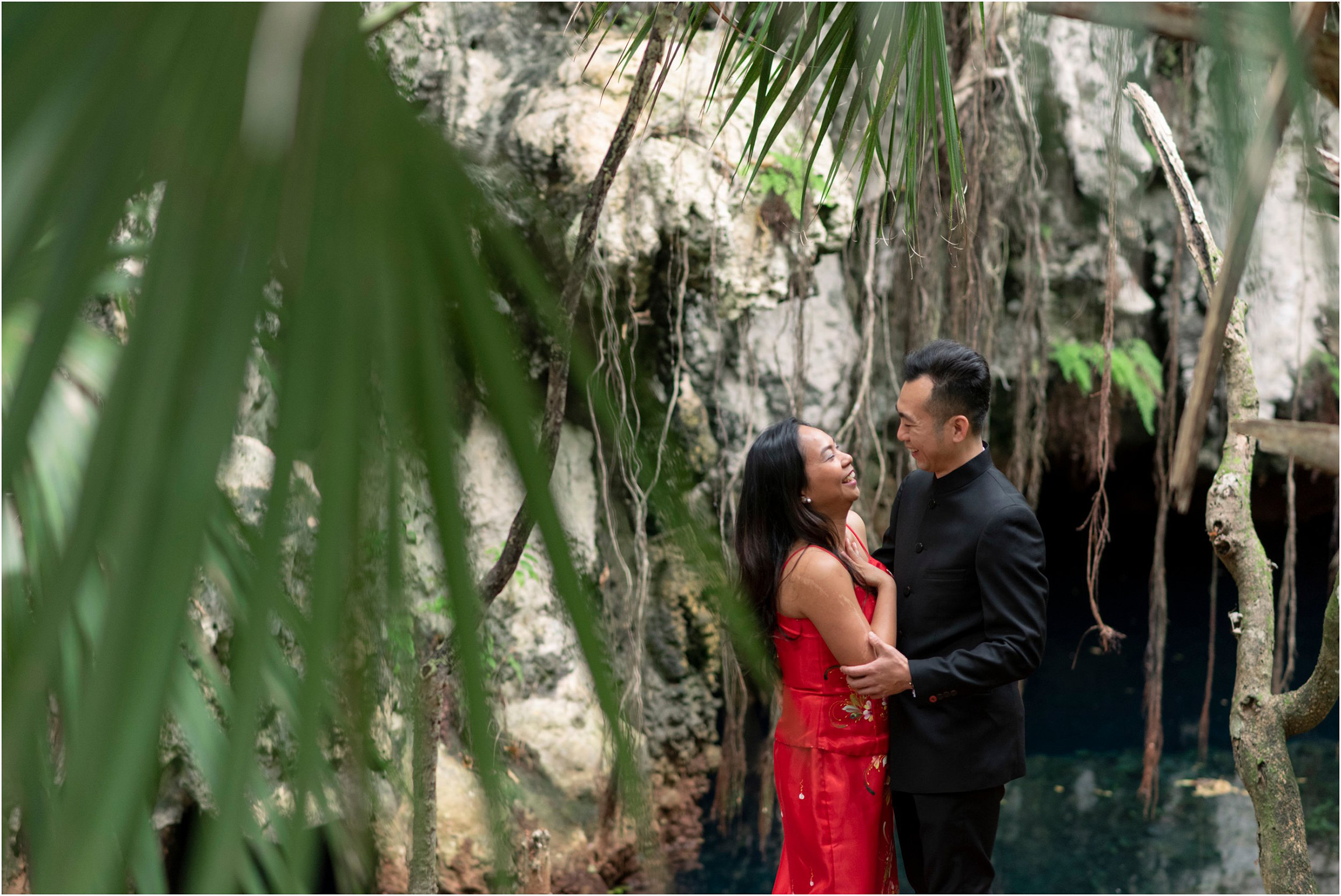 ©FianderFoto_Bermuda Engagement Photographer_Tom Moores Jungle_Owen_Chanson_003.jpg